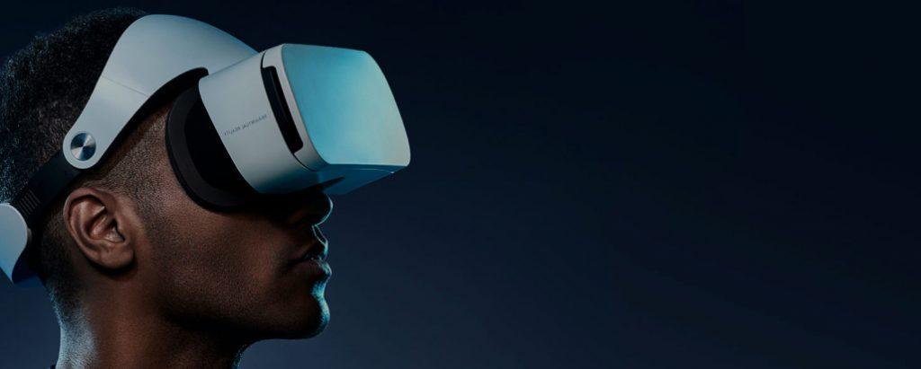 VR 300XR Trending Smart Wears for the Season
